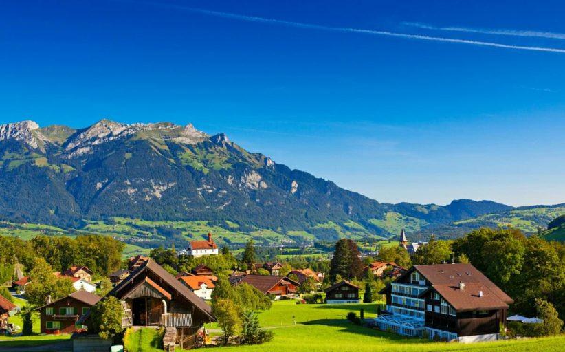 Путешествие по Швейцарии: съемка с дрона