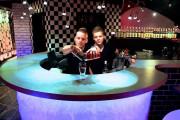 В Москве открылся ресторан, где работают только близнецы