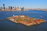 В Нью-Йорке открыли для посещений остров Эллис