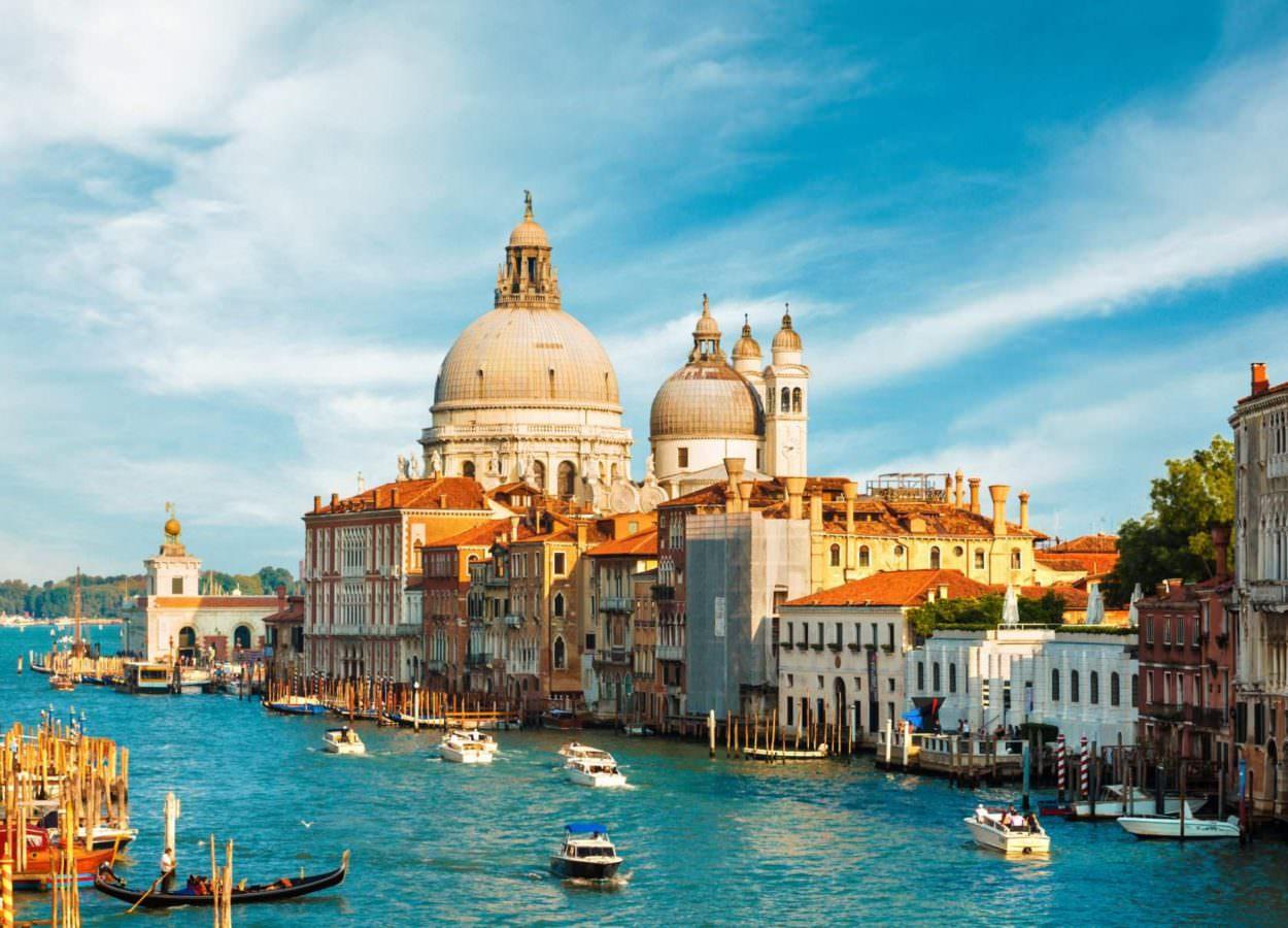 Названы самые негостеприимные города мира